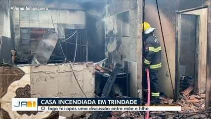 Discussão entre mãe e filho termina com a casa incendiada em Guapó