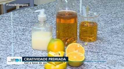Estudantes goianos criam gel que mata o coronavírus a partir da casca da laranja.