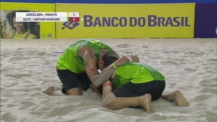 Pontos finais de Adrielson/Renato 1 x 2 Guto/Arthur Mariano pelas semifinais do Circuito Brasileiro de Vôlei de Praia