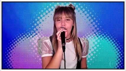 """Giovana Aguilera canta """"Jardins da Babilônia"""""""