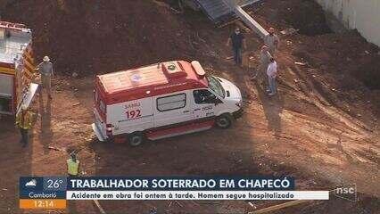 Trabalhador fica ferido após ser soterrado em Chapecó