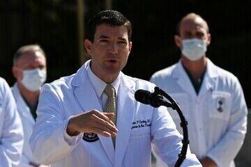 Médicos de Trump relatam 'altos e baixos', uso de oxigênio e possível alta na segunda (5)