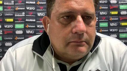 Fala, professor: veja a coletiva de Guto Ferreira após empate do Ceará com o Athletico-PR