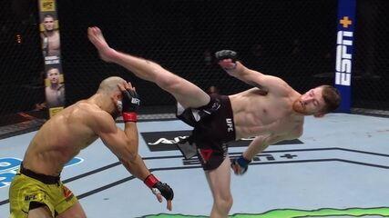 Melhores momentos entre Marlon Moraes x Cory Sandhagen no UFC Moraes x Sandhagen