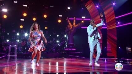 Confira Maria Eduarda Ribeiro e Mumuzinho cantando 'Sina'
