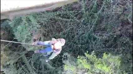 Polícia Militar de SC faz resgate de alpinistas presos em cânion