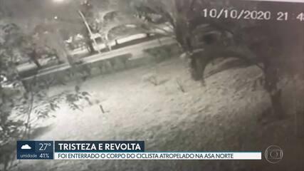 Ciclista atropelado na Asa Norte é enterrado em cemitério de Brasília