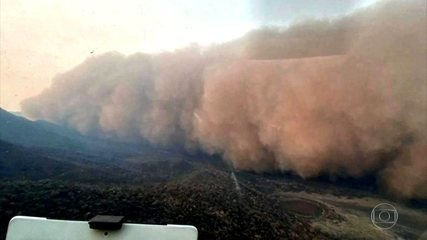 Tempestade de cinzas e areia atinge o Pantanal em Mato Grosso do Sul