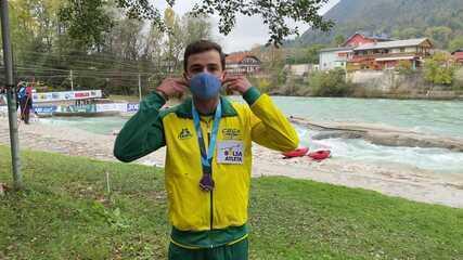 Pepê Gonçalves comenta a conquista do bronze na Copa do Mundo de canoagem slalom