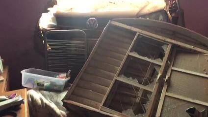 Motorista embriagada invade casa em Sobradinho, no DF