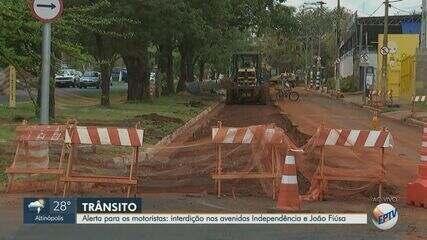 Rotatória das avenidas Independência e João Fiúsa é interditada em Ribeirão Preto