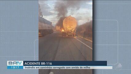 Caminhão pega fogo na BR-116 perto de Conquista e parte da pista fica interditada