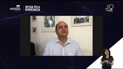 Juristas e políticos criticam o ataque do líder do governo na Câmara à Constituição