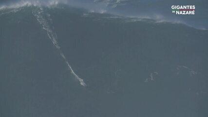 Sebastian Steudtner pega onda gigante em Nazaré