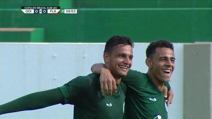 Vanderley e João Marcos, autores dos gols de Goiás 3 x 0 Fla, pelas oitavas da Copa do Brasil Sub-20