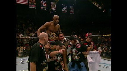 Anderson Silva lembra da conquista do cinturão do UFC em 2006