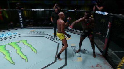 Melhores Momentos de Uriah Hall x Anderson Silva no UFC Hall x Silva