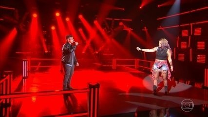 "Angel Sberse e João Marcelo Prevedel cantam ""The Pretender"""