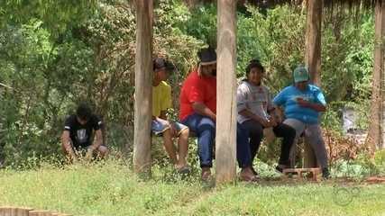 Sem voto obrigatório, indígenas de Arco-Íris vão às urnas para eleger representantes