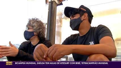Bicampeã mundial, Shelda tem aulas de kitesurfe com tetracampeão Carlos Mário Bebê