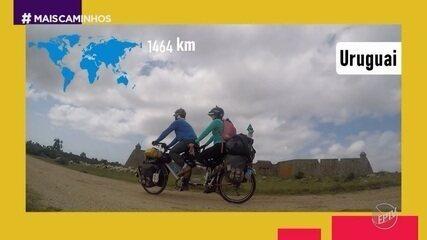 Edlaine Garcia conversou com o casal que conheceu o mundo de bicicleta