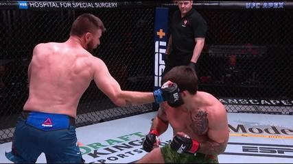 Melhores Momentos de Mike Perry x Tim Means no UFC 255