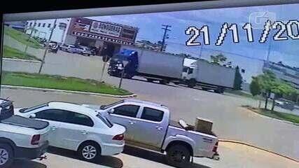 Vídeo mostra momento da colisão em Jaru, RO