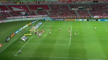 Gol do Fluminense! Lucca cobra escanteio direto e marca belo gol olímpico, aos 11' do 2T