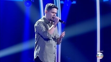 Dan Gentil canta 'Andar Sozinho' na Rodada de Fogo