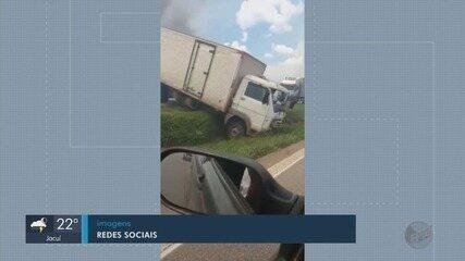 Engavetamento na Fernão Dias deixa quatro pessoas feridas