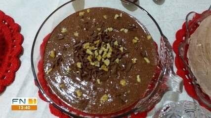 Aprenda a preparar uma receita de Estrogonofe de Chocolate