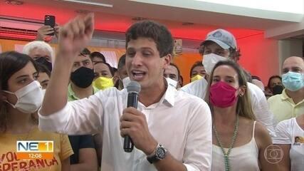 João Campos (PSB) festeja vitória, lembra o pai, Eduardo Campos, e fala em gratidão e esperança