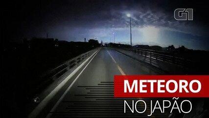 Imagem mostra o momento em que meteoro ilumina o céu no Japão