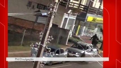 Vídeo mostra invasão de criminosos em agência bancária de Ponte Serrada
