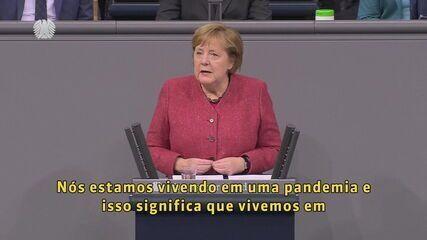 Angela Merkel se emociona ao pedir novas restrições para conter a pandemia na Alemanha
