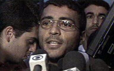 Em 1999, presidente do Flamengo rescinde contrato de Romário
