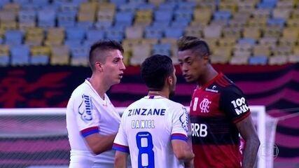 """Laudos contratados pelo Bahia apontam que Ramírez não chamou Bruno Henrique de """"seu negro"""""""