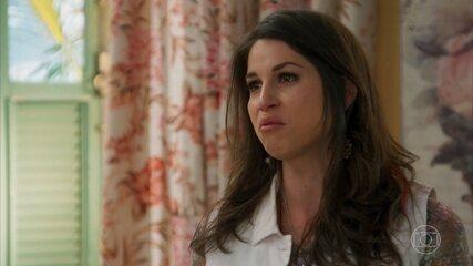 Francesca enfrenta Carmela, que traz à tona segredo de infância
