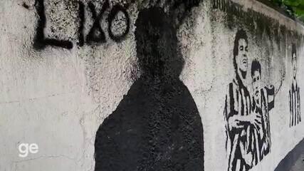 Muro dos Ídolos do Botafogo amanhece pichado, e imagem de Túlio Lustosa é apagada