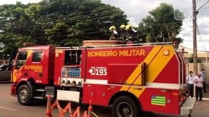 Cortejo de Maguito Vilela passa por ruas de Goiânia