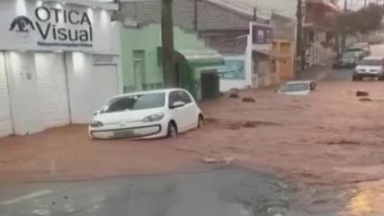 Chuva provoca estragos em Barra Bonita e Dois Córregos