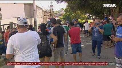 População de Manaus faz filas em busca de oxigênio