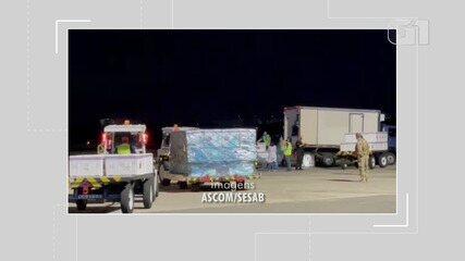 Avião com primeiras doses da vacina contra a Covid-19 chega no aeroporto de Salvador