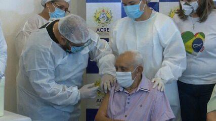Idoso de 85 anos foi o primeiro vacinado contra a Covid-19 no Acre