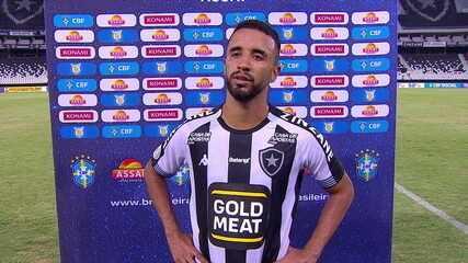 """Caio Alexandre lamenta virada, fase do Botafogo, e promete luta: """"Temos que trabalhar quietinhos, com muita humildade"""""""