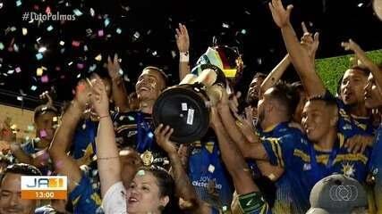 Homenagem ao Palmas e aos mortos no acidente aéreo com a equipe tricolor