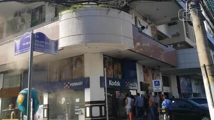 Princípio de incêndio atinge loja na Pelinca, em Campos