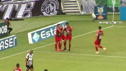 Os gols de Ceará 0 x 2 Athletico-PR, pela 33ª rodada do Brasileirão