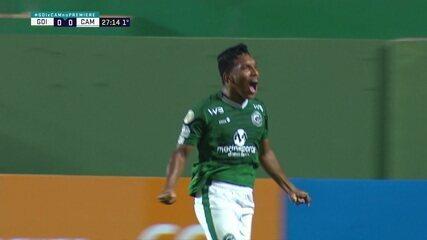 Gol do Goiás! Após cobrança de lateral, Daniel Oliveira cruza, e Índio cabeceia para abrir o placar, aos 27 do 1º