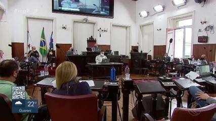 MG2 mostra audiência pública que discute a situação da fábrica da Mercedes em Juiz de Fora